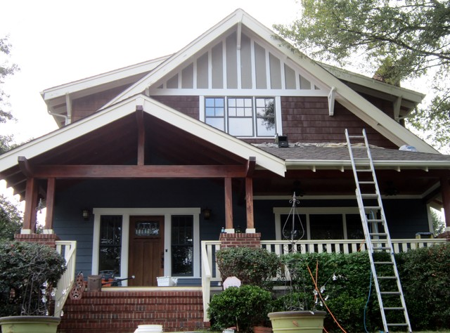 Beautiful charlotte nc craftsman bungalow complete color for Craftsman homes in charlotte nc