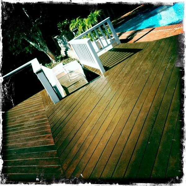 Decking modern-pool