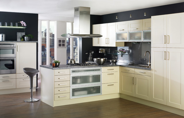 white shaker style kitchen - contemporary - kitchen cabinets ...