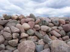 Wisconsin Granite Boulders traditional-landscaping-stones-and-pavers