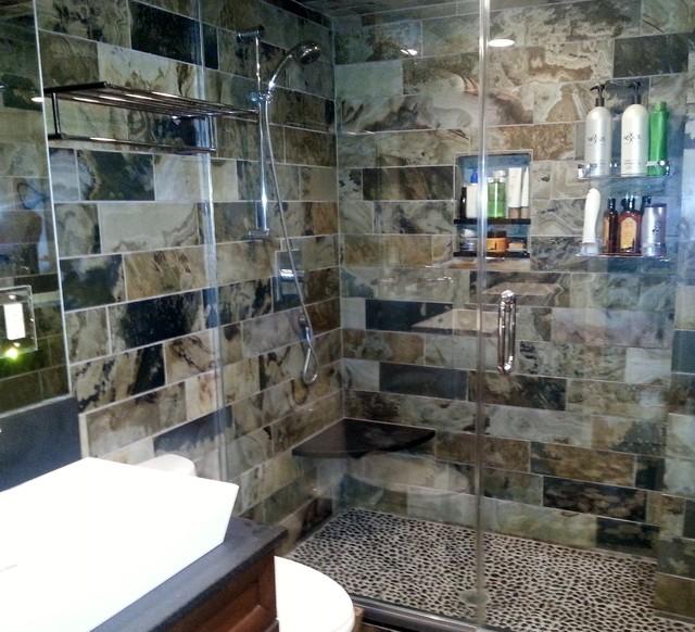 BERNEY APT. contemporary-bathroom