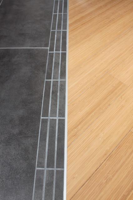 Condo 403 - Bamboo flooring living-room