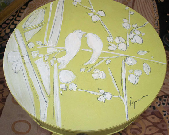 ROUND TABLE Hand Painted -