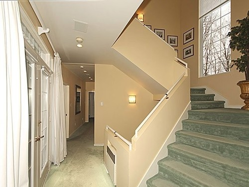 Gypsum Partition Of Stair : Help needed to transform staircase with drywall railing