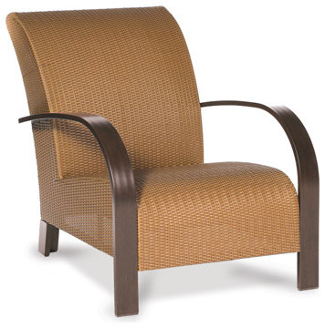 Moderne Club Chair patio-furniture-and-outdoor-furniture
