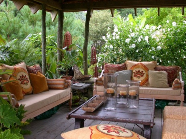 Porch Inspiration tropical