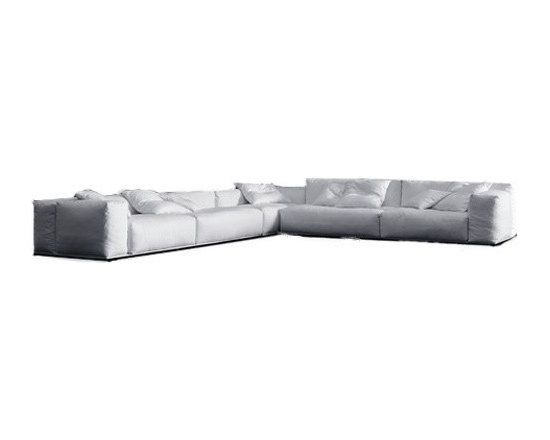 Pianca - Pianca | Delano Composition 2 Sofa - Design by R&S Pianca. Made in Italy by Pianca. Bring home a comfortable and chic sofa that provides ample seating room for you and your guests. Consisting of low and high back rests with welcoming plush seats, the sofa is the perfect piece for spending hours of quality time with friends and family. Sit down and relax on a sofa made for relaxation and for style. Comfortably enjoy yourself in style.  Product Features: