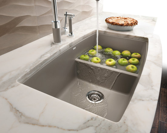 Divided Sink -