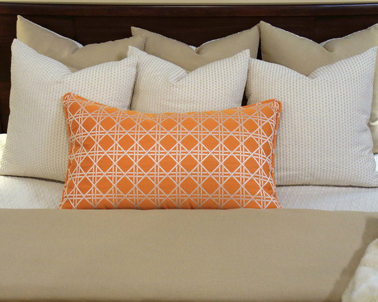 Bedding 2013 - Tan Sand Linen like solid combined with cream and accented with a birght pumpkin orange abstrct print. Pillows are reversible to give you a unlimited options.