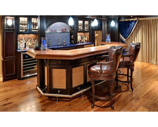 Walnut Countertop Bar. Designed by PJ Stofanak. - http://www.glumber.com/