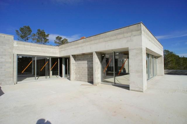Villa contemporaine au Nord de Montpellier, les Parcs des Vautes ...