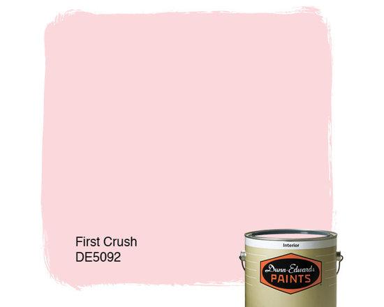 Dunn-Edwards Paints First Crush DE5092 -