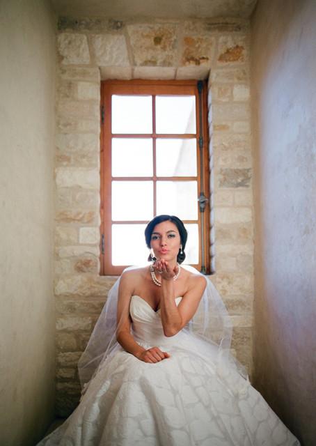 Cladding Stone Wall Veneers the Antique 'Mesa Limestone' mediterranean-windows