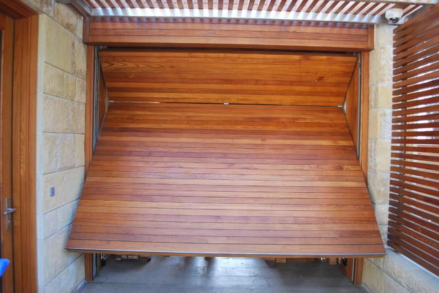 Garage Doors garage-doors-and-openers