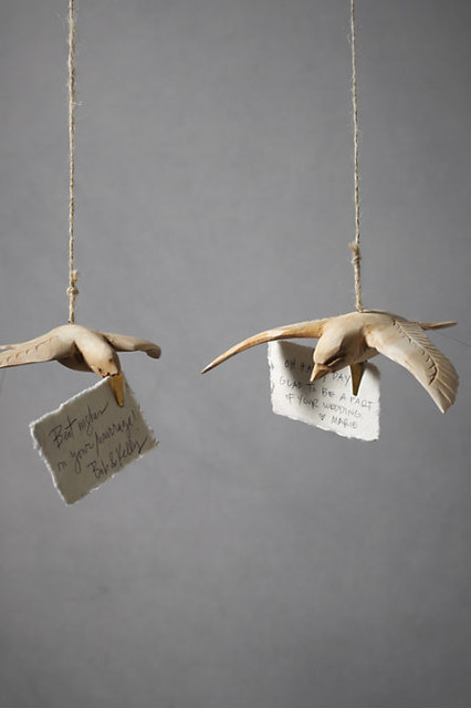 Broad-Winged Dove Clips modern holiday decorations