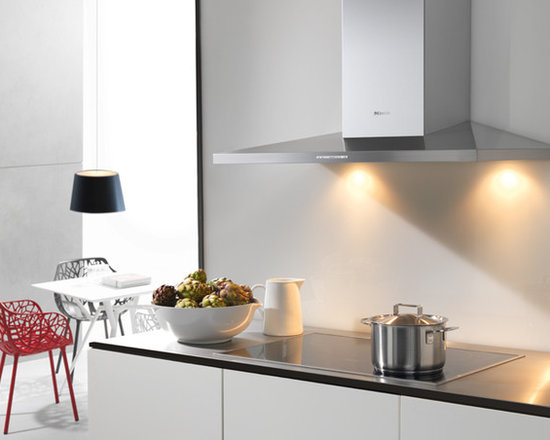 Miele - DA 399-5 Ventilation Hood - Miele offers one of the world's largest ranges of ventilation hoods on the market and there is a design to suit virtually all styles and design requirements.