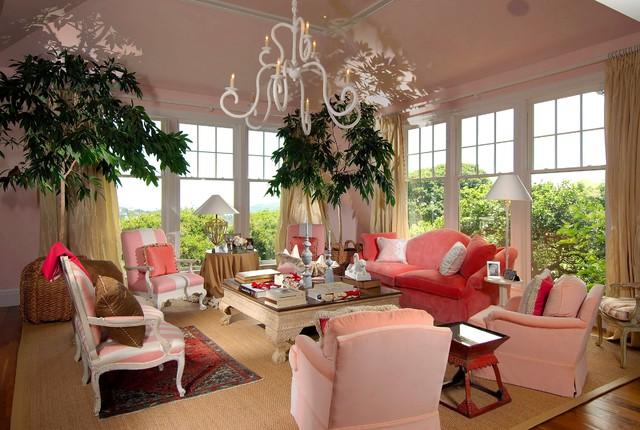 Lagoon Residence traditional-living-room