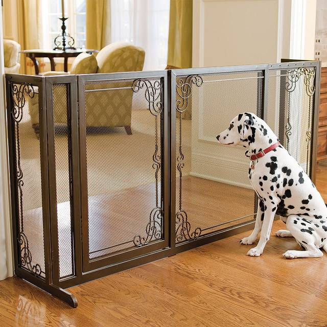 34H Expandable Free standing Steel Mesh Pet Gate Dog