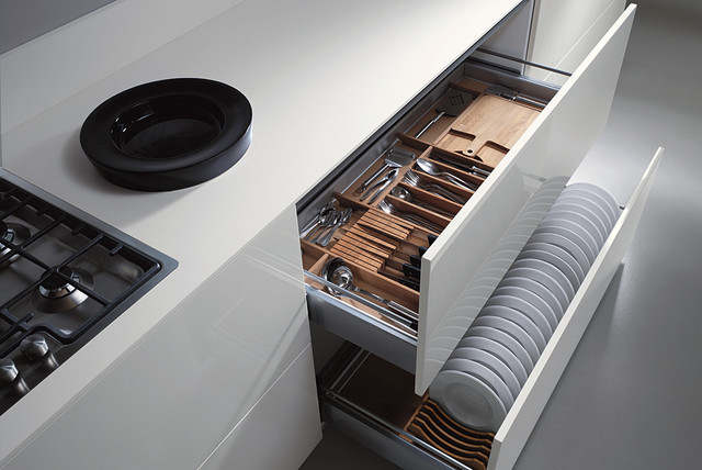 ... up images of mechanisms and accessories for our Italian kitchen lines