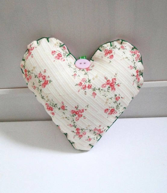 Pink Floral Fabric Heart contemporary-home-decor