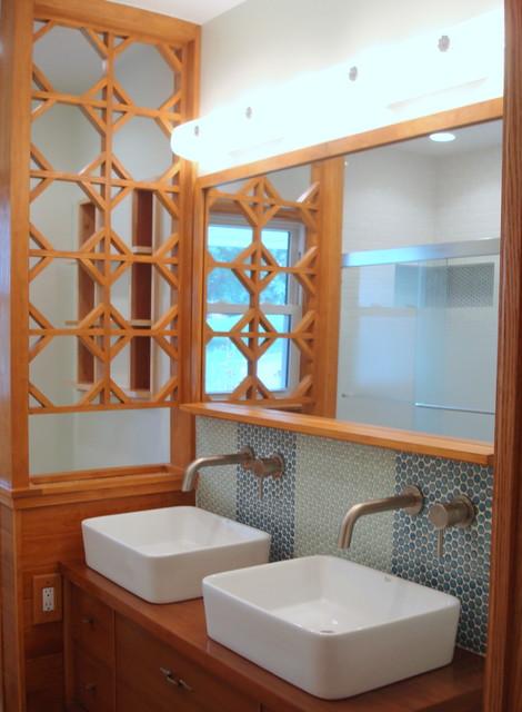 Mid century ranch bathroom remodel midcentury dc metro for Modern ranch bathroom