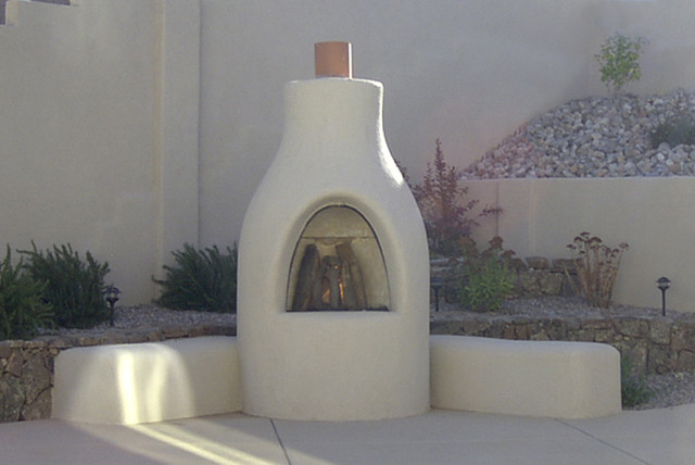 Adobelite El Pueblo Outdoor Kiva Fireplace Outdoor