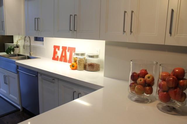 Riverdale Home Redesign modern-kitchen