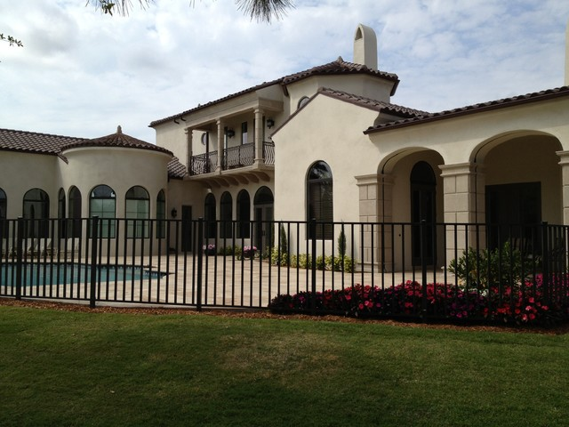 Luxury home building mediterranean home fencing and for Luxury fences