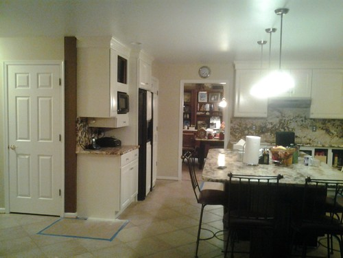 Should i paint the trim in my kitchen the same color as What color should i paint my kitchen walls