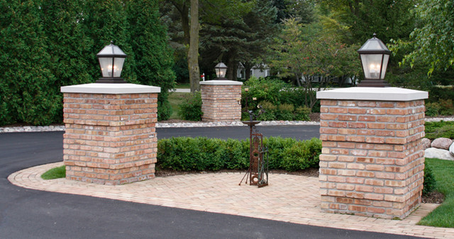 Pin on Exterior Outdoor Lighting |Driveway Entry Lights
