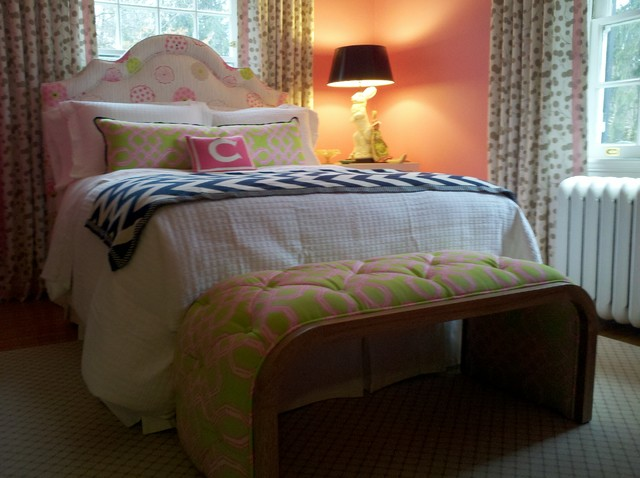 Girl's Bedroom upholstered-benches