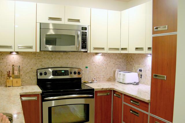 Modern Framed / High Gloss Lacquer kitchen in Skokie, IL modern-kitchen-cabinetry