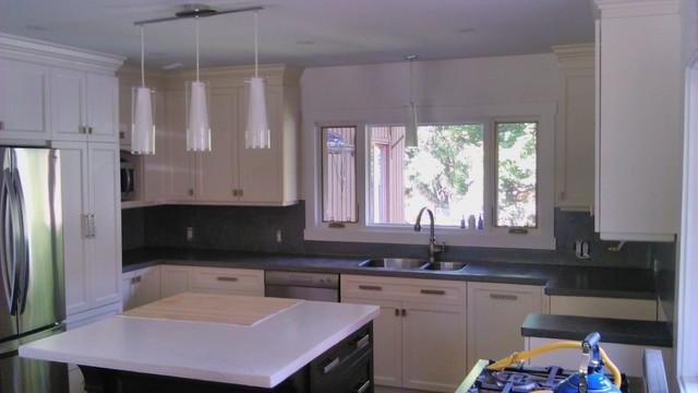 comptoir de cuisine en b ton cir. Black Bedroom Furniture Sets. Home Design Ideas