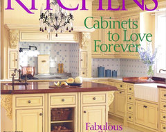 Yellow Country Elegance traditional-kitchen