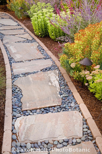 Patio Or Path Flagstone River Rocks With Brick