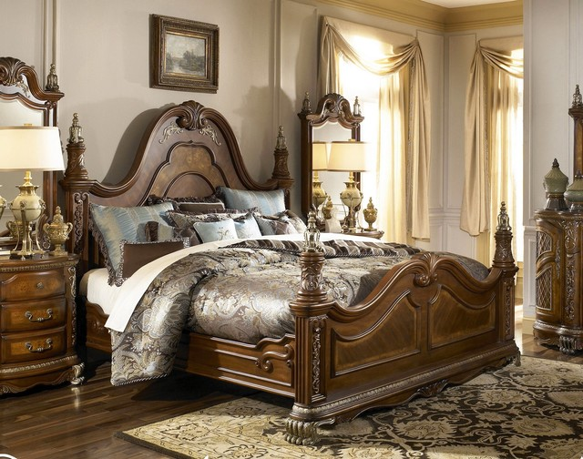 AICO Furniture Venetian II Mansion Queen Poster Bed In Honey Walnut AI N6