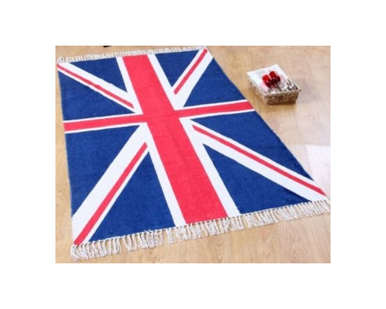 Cotton Printed Rug Union Jack Mat Hand Woven Base - Union Jack rugs available in four sizes by Homescapes are a quick way to uplift any room with this classic British flag. Block printed (by hand) on a hand woven 100% cotton base. It's a sturdy hand woven rug, which will serve you for a long time. Can be easily folded away when not required and will travel easily with you. Available in 60 x90 cm, 70 x 120 cm, 66 x200 cm (runner) and 110 x 170 cm. Homescapes are well known for their high quality products, and this is yet another beautiful department store quality product brought to you directly from the manufacturer.