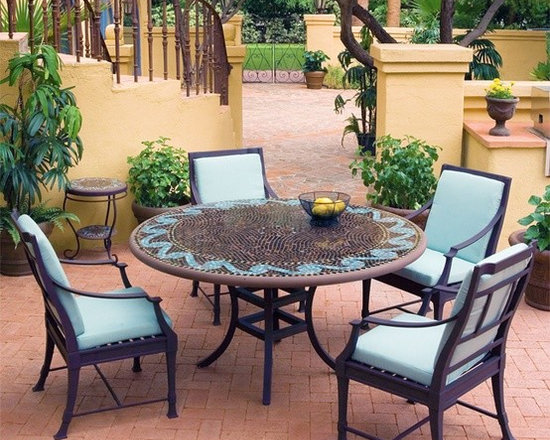 Iron Mosaic Patio Set
