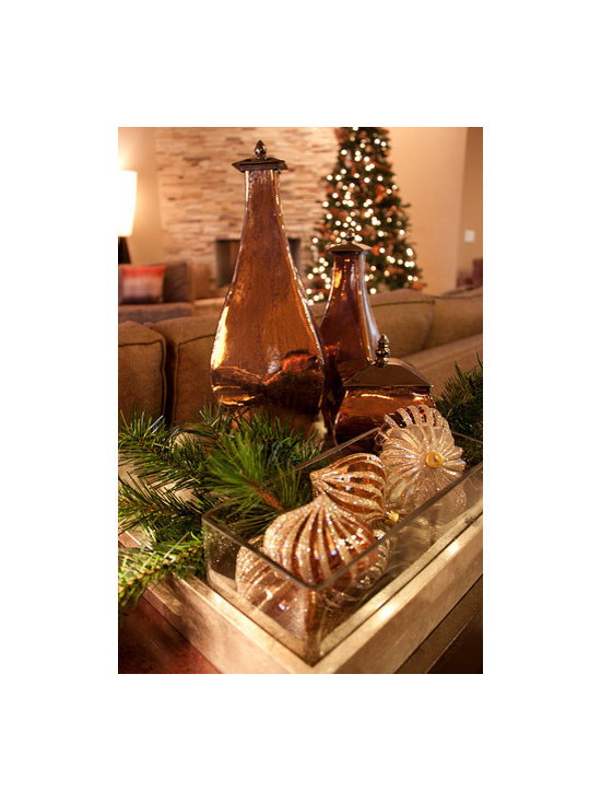 Midcentury Christmas - Modern Christmas Tabletop Vignette