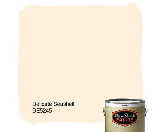 Dunn-Edwards Paints Delicate Seashell DE5245 -