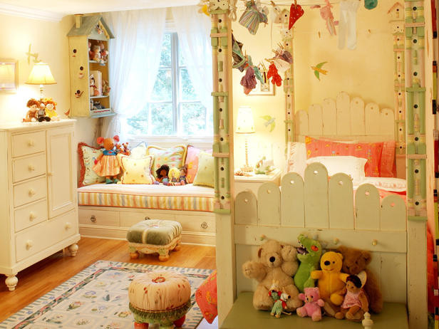 Girl's Room traditional