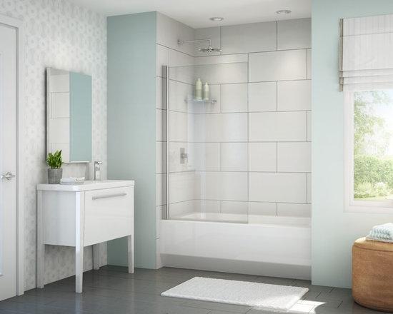 "Fleurco Banyo Tub Solo Shield 34"" x 58"" Frameless In-Line Tub Shield ESB34 - In-Line shower or tub configurations"