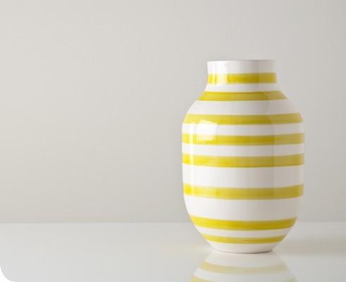 Yellow and White Omaggio Vase Contemporary Vases