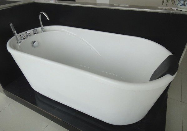 GreenGoods Bath Factory | Acrylic Freestanding Tub with Black Pillow  bathtubs