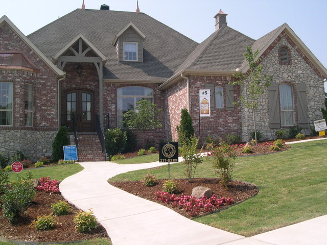 Chapel Hill Parade Home traditional