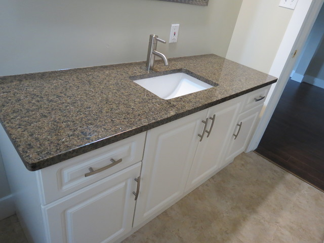 Granite quartz countertops other metro by vi granite for Bathroom ideas with quartz