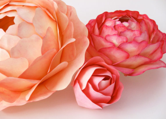Paper Rose Hand-painted and Illuminated Flowers by Zipper 8 Lighting contemporary-table-lamps