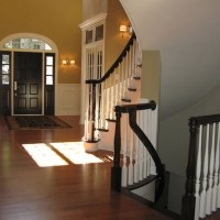 Arrow Foyers traditional-entry