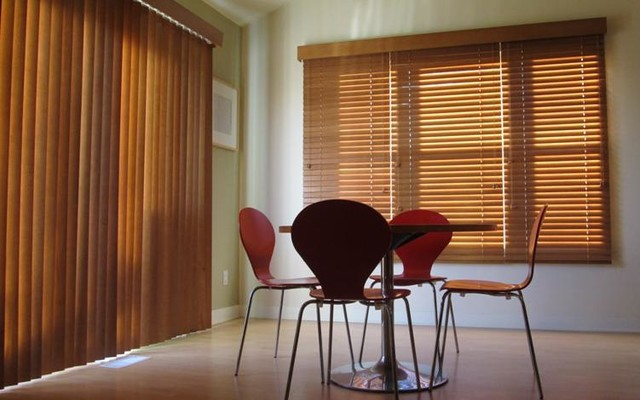 Vertical Blinds and Panels traditional-vertical-blinds