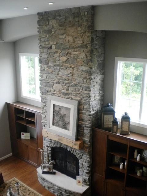 Eldorado stone fireplace traditional cedar rapids by for Eldorado stone outdoor kitchen cabinet